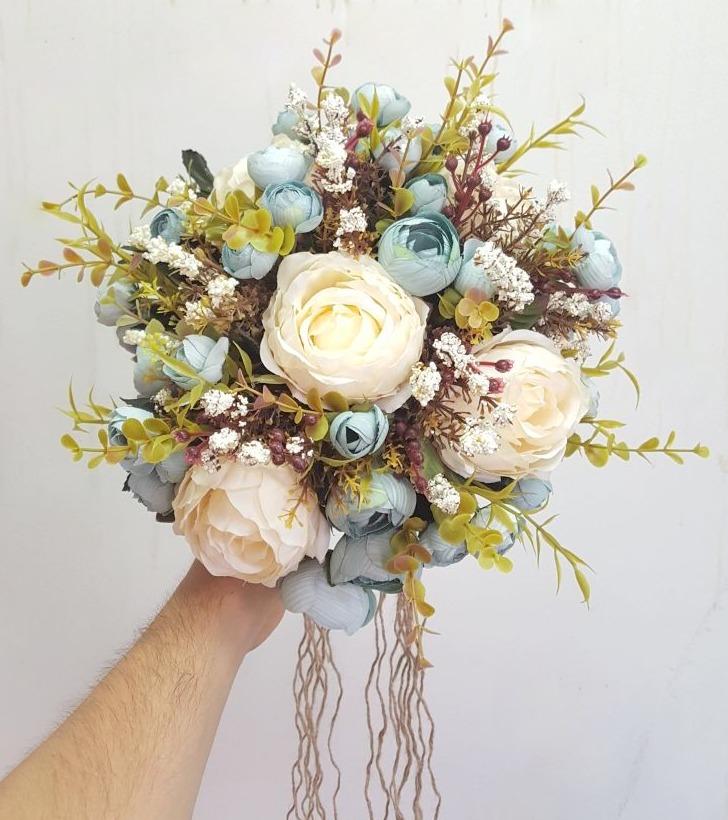 kuru çiçek gelin çiçegi