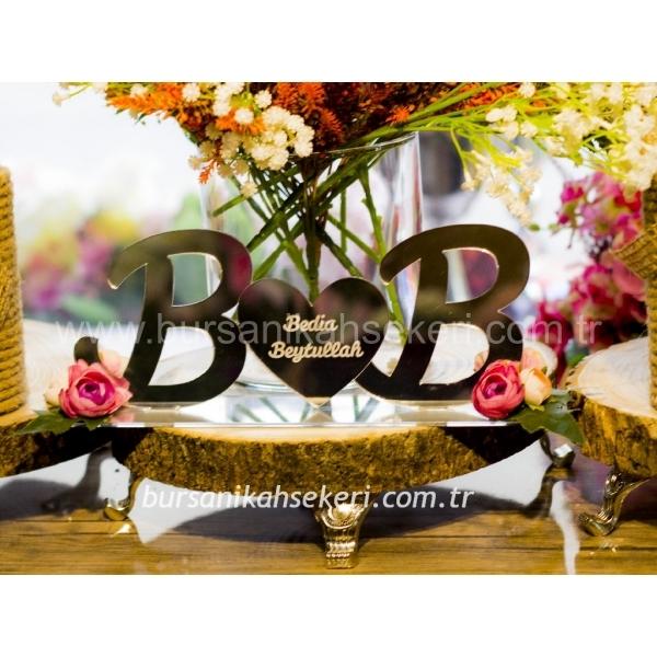 Ayna İsimlik - Masa Üstü İsimlik - Pleksi İsimlik - Nişan İsimliği